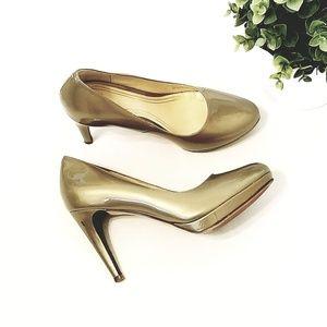 Colehaan Nike Air Metallic Gold Heels 6.5B